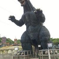 Photo taken at Godzilla by 名無しのネイキッド on 5/20/2016