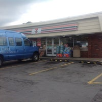 Photo taken at 7-Eleven by Adam Robert B. on 7/5/2013