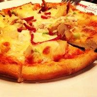 Photo taken at Upperstar Steak & Chicken Restaurant by ♭Ξ ℳ♭Ξ Ƙ ™. on 6/13/2013