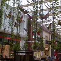 Photo taken at Paris Van Java (PVJ) by Paskalis M. on 11/24/2012
