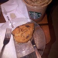 Photo taken at Starbucks by Rudi P. on 1/7/2013