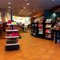 Photo taken at Barnes & Noble by Herb L. on 11/5/2012