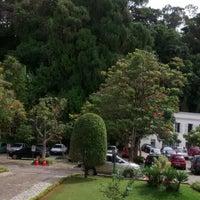 Photo taken at Prefeitura Municipal de Petrópolis by Kleyton R. on 4/9/2014