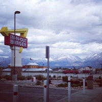 Photo taken at In-N-Out Burger by Sean S. on 4/27/2014