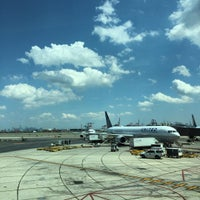 Photo taken at Newark-Liberty Airport Express Shuttle by Bruno S. on 8/4/2015