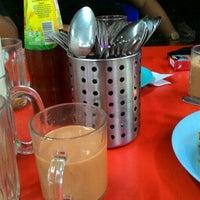 Photo taken at Restoran Jahangeer by Azim Mat B. on 11/21/2015