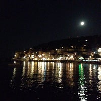 Photo taken at Scogliera di Marciana Marina by La Valü on 8/12/2014