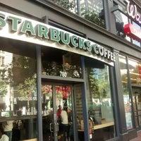Photo taken at Starbucks by Yuri V. on 6/8/2014