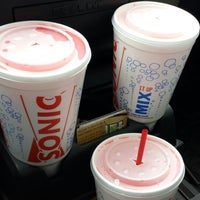 Photo taken at SONIC Drive In by 💣 Prime 💣 on 5/14/2014