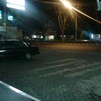 Photo taken at Indomaret by Crezz E. on 5/17/2013