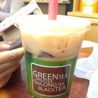 Photo taken at Ten Ren Tea 天仁茗茶 by Tommy S. on 8/11/2013