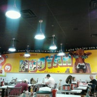 Photo taken at MOOYAH Burgers, Fries & Shakes by 🙏👼Monica S. on 1/26/2013