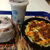 Photo taken at Burger King by Fagner L. on 12/23/2012
