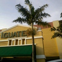 Photo taken at Shopping Iguatemi by Mel on 10/27/2012