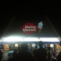 Photo taken at Dairy Queen by Ninoska P. on 8/4/2013