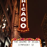 Foto tomada en The Chicago Theatre  por Seth H. el 10/26/2012