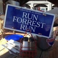 Photo taken at Bubba Gump Shrimp Co. by Laurene S. on 11/2/2012