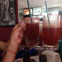 Photo taken at Bebedero (Chelas & Drinks) by Maxwell T. on 5/20/2015