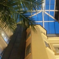 Photo taken at Siesta Bar & Restaurang by ⛵💥E R C A N✔🏂 on 7/24/2016