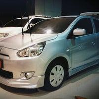 Photo taken at Mitsubishi Motors | Kanchana Equipment by Thiti S. on 10/12/2012