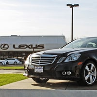 Photo taken at Lexus of Akron-Canton by Yext Y. on 10/22/2016