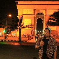 Photo taken at Simpang Lima Gumul Kediri by Rizal A. on 10/14/2014