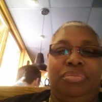 Photo taken at Outback Steakhouse by Andrea P. on 4/5/2015
