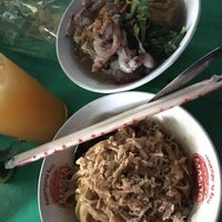 Photo taken at Mie Baso Spesial Joko Sirod by Mieke A. on 9/30/2016