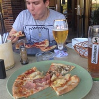 Photo taken at Pizzeria Il Carne by Daniel K. on 8/28/2016