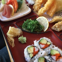Photo taken at Endo Sushi by WellyEats D. on 11/25/2015