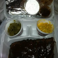 Photo taken at Spring Creek Barbeque by Luxury B. on 12/9/2012