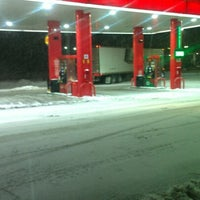 Photo taken at Sheetz by Christian F. on 12/27/2012