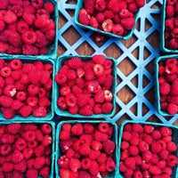 Photo taken at Davis Square Farmers' Market by Minnie K. on 9/7/2014