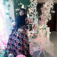 Photo taken at Madani Hotel by Ena on 2/27/2016