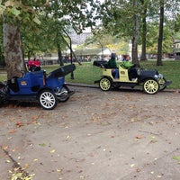 Photo taken at Antique Cars by Bruno F. on 10/4/2014