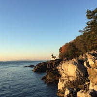 Photo taken at Lime Kiln Point State Park by Ahmet on 11/29/2015