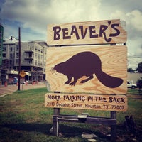 Photo taken at Beaver's by Xande M. on 8/17/2012