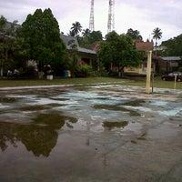 Photo taken at SMA Negeri 1 Kauditan by Valerian M. on 3/5/2012