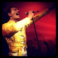 Photo taken at Madame Tussauds by Renée D. on 2/13/2012