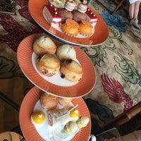 Photo taken at Tea Lounge at Mandarin Oriental, Las Vegas by gina 🌸 千. on 10/30/2016