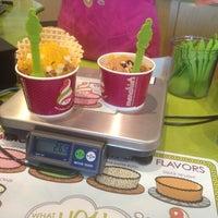 Photo taken at Menchie's Frozen Yogurt by Jamie F. on 5/31/2013
