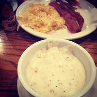 Photo taken at Cracker Barrel Old Country Store by Liz on 7/22/2012
