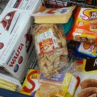 Photo taken at Supermercado Schmit by Maes F. on 3/14/2016