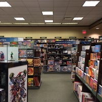 Photo taken at Barnes & Noble by Keith F. on 11/24/2014