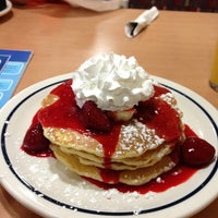 Photo taken at IHOP by Emre S. on 8/15/2013
