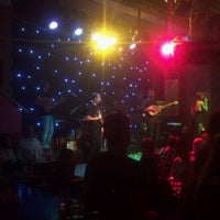Photo taken at Mousses Live by wsofiaw on 10/13/2012