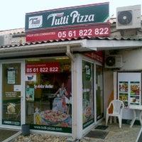 Photo taken at Tutti Pizza Villemur by Tutti Pizza on 8/25/2014