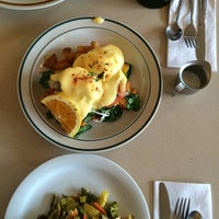 Photo taken at Mount Bakery Cafe by Stirling S. on 9/19/2014