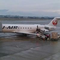 Photo taken at Gate 20 by Noriyuki T. on 11/9/2014