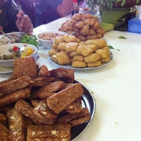 Photo taken at Rumah Makan Betawi by Chelsea M. on 10/22/2012